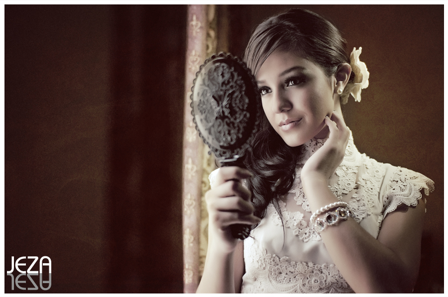 Texas San Antonio Bridal Portrait Session Vintage Lace