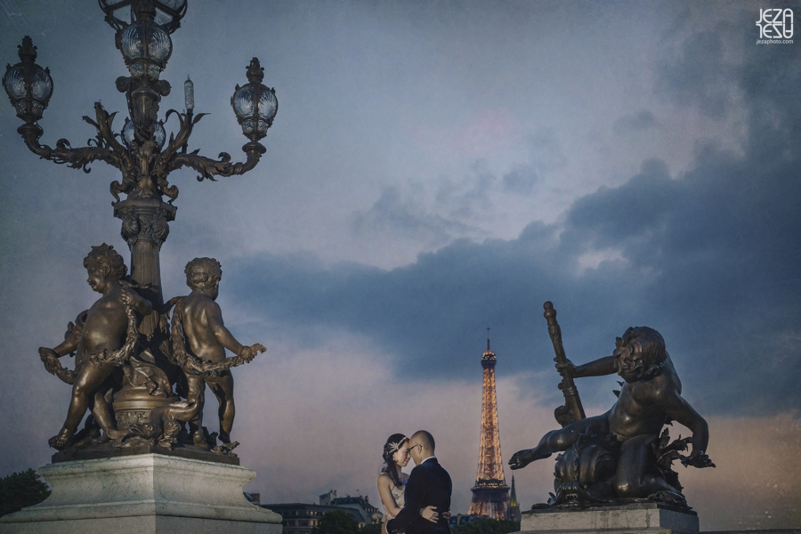 Paris Pre-wedding Engagement Photo session